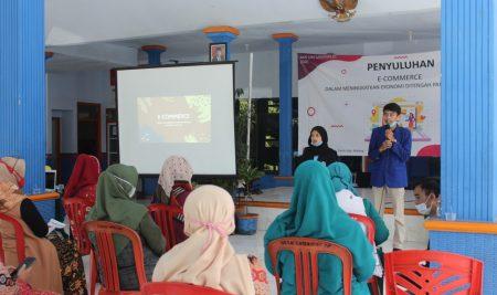 """Cara Mudah Berbisnis Online"", Kontribusi Mahasiswa KKN Dongkrak Potensi UKM"
