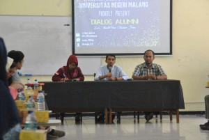 kedua alumni konsentrasi bidang psikologi pendidikan memberikan materi